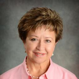 Julie Kuhn